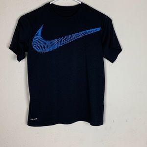 Nike Dri-Fit Top size small